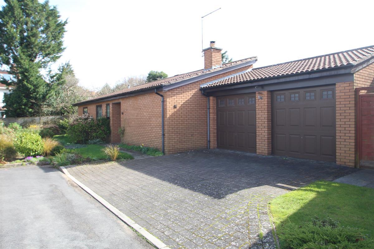 Bibury Close, Henleaze, Bristol BS9